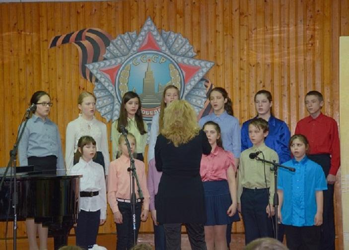 Разновозрастный хор «Конфетти», рук. Викулина Надежда Александровна.